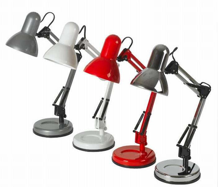 מנורת שולחן עבודה